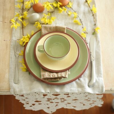 Simple Easter Table at the Farmhouse