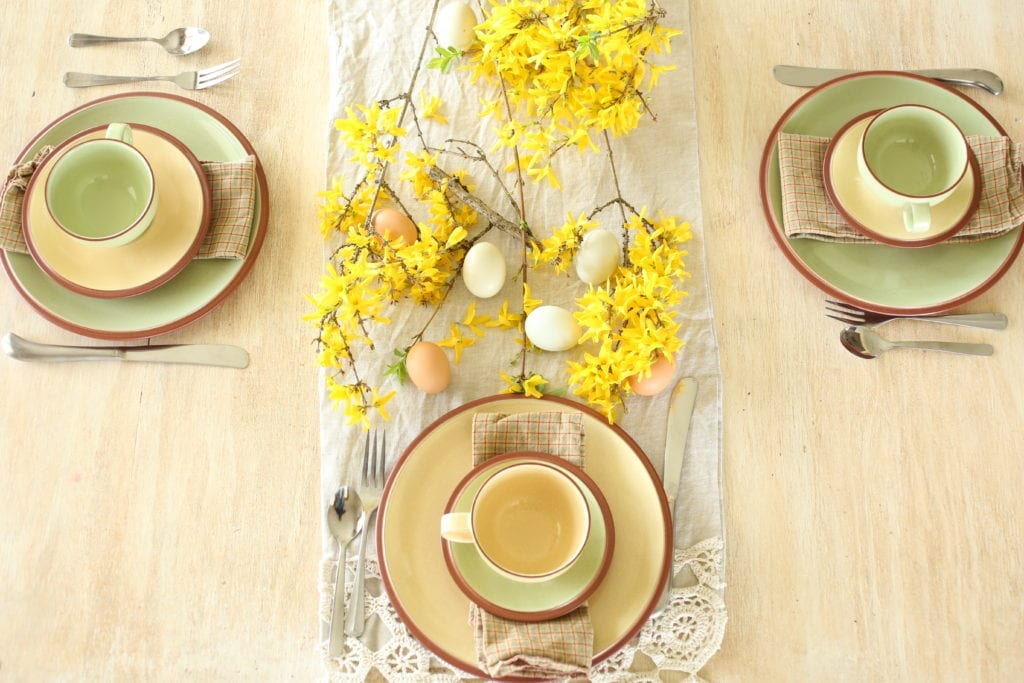 Denby dishes farmhouse table