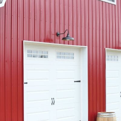 Metal Pole Barn with Loft Area!!
