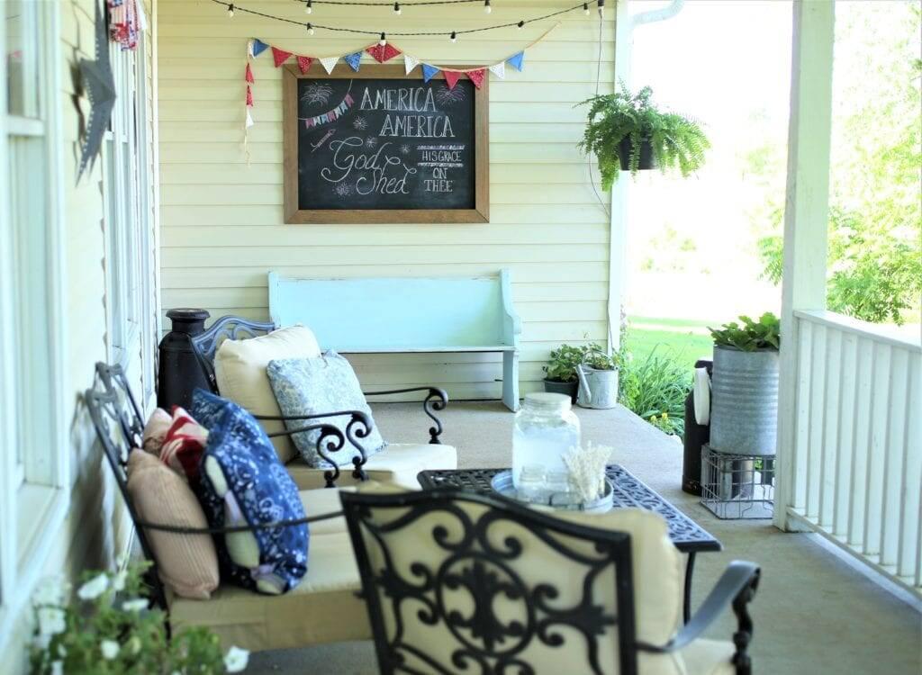 Summer porch handkerchief