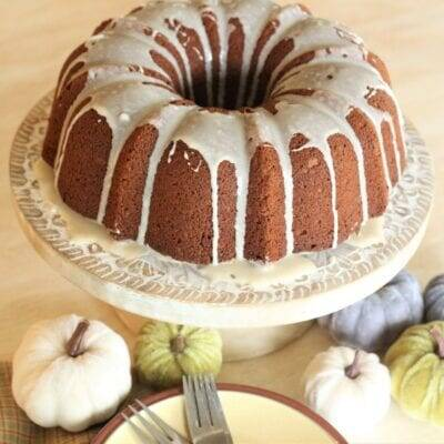 Pumpkin Bundt Cake With Streusel Filling Recipe