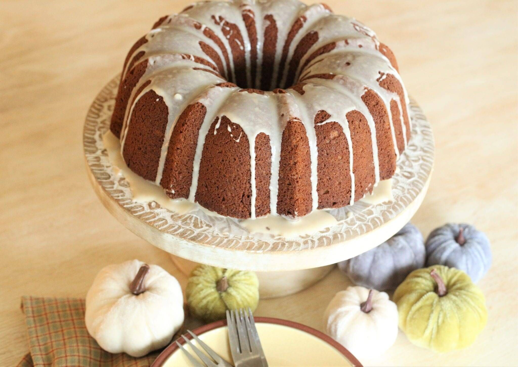 Pumpkin Bundt Cake With Streusel Filling Recipe