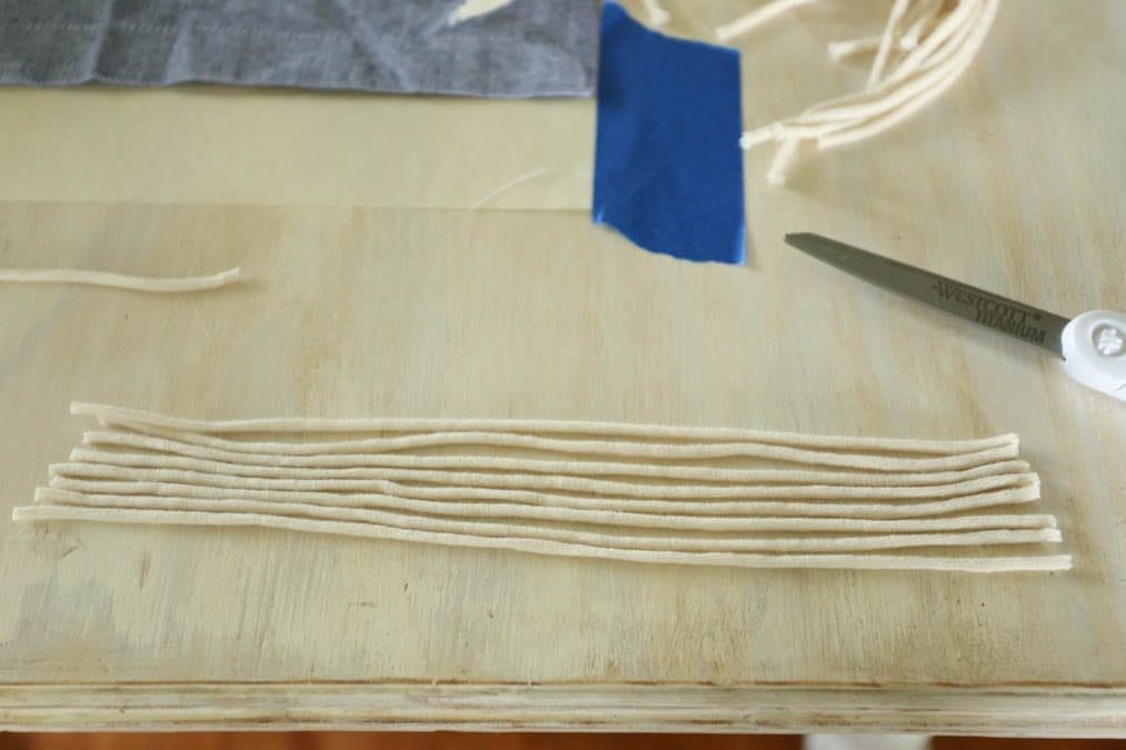 cutting for macrame fringe