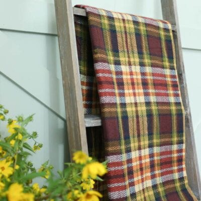 Farmhouse Blanket Ladder DIY Free Detailed Instructions