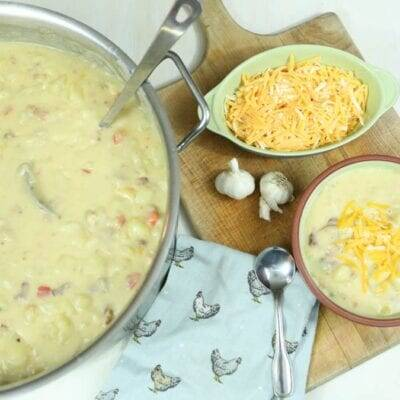 The Most Delicious Homemade Potato Soup with Bacon