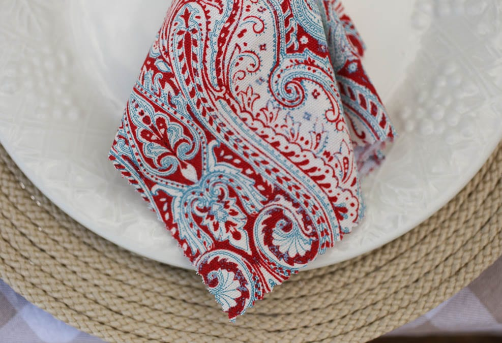 red white and blue no-sew napkins
