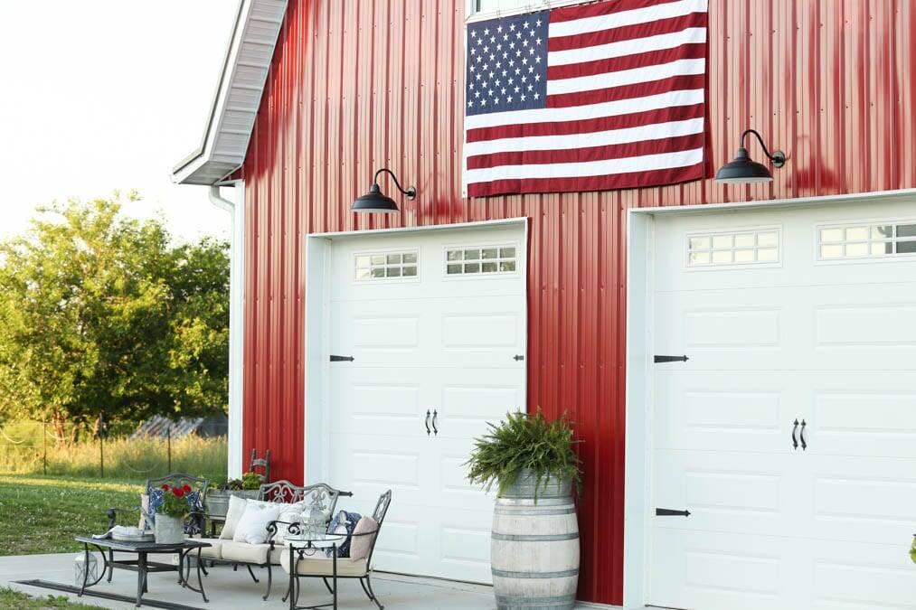 exterior barn patriotic decor