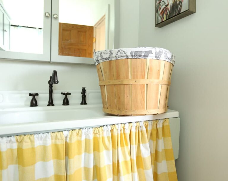 How to Sew a Fabric Round Bushel Basket Liner